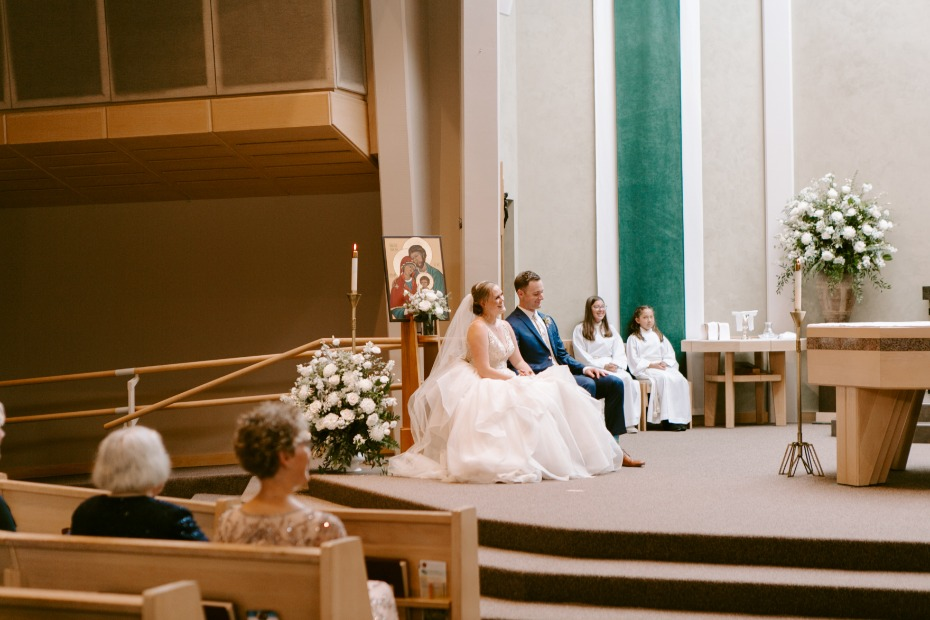 photography lighting ideas for wedding in church