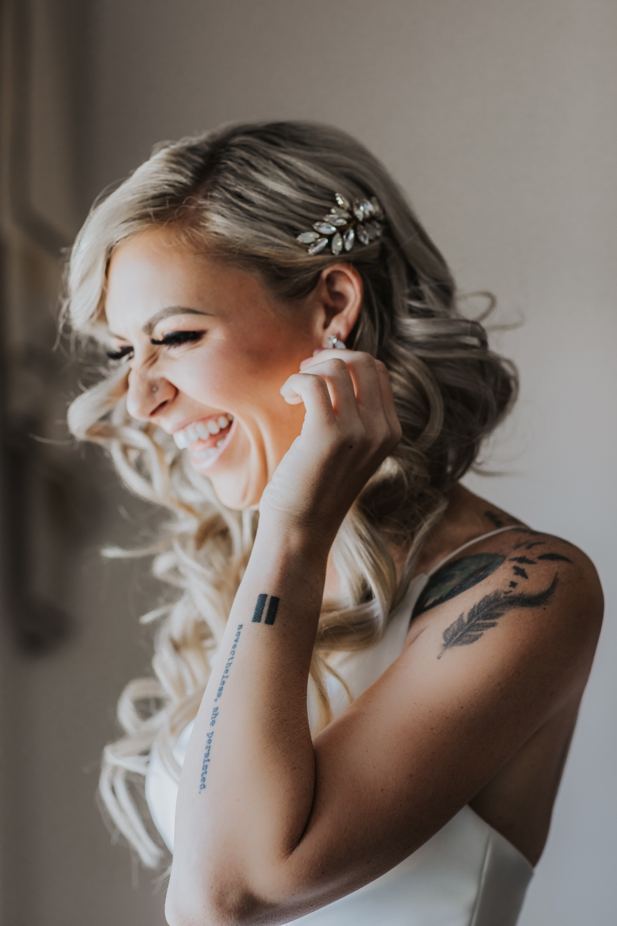 Bride getting ready photography ideas