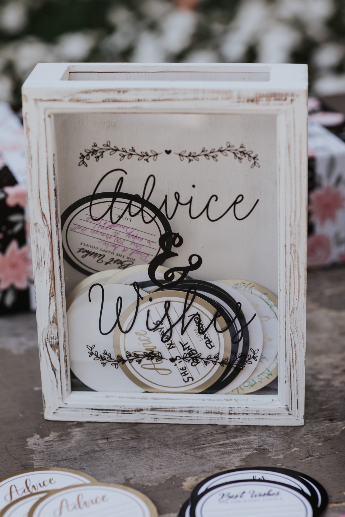 Advice and well wishes wedding table