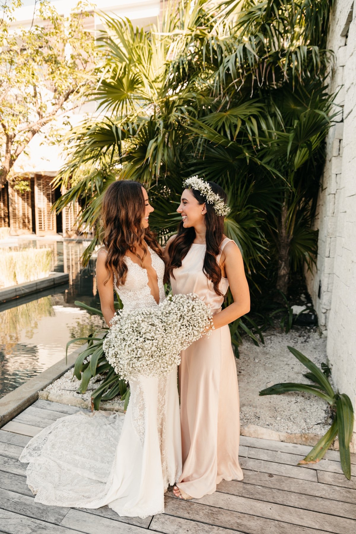 Maid of Honor and Bride Photo