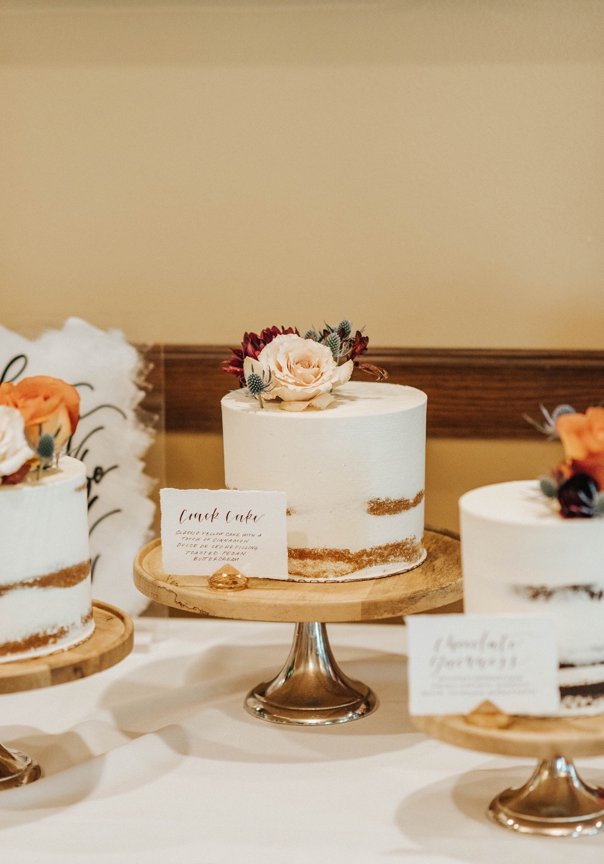 eclectic cake table