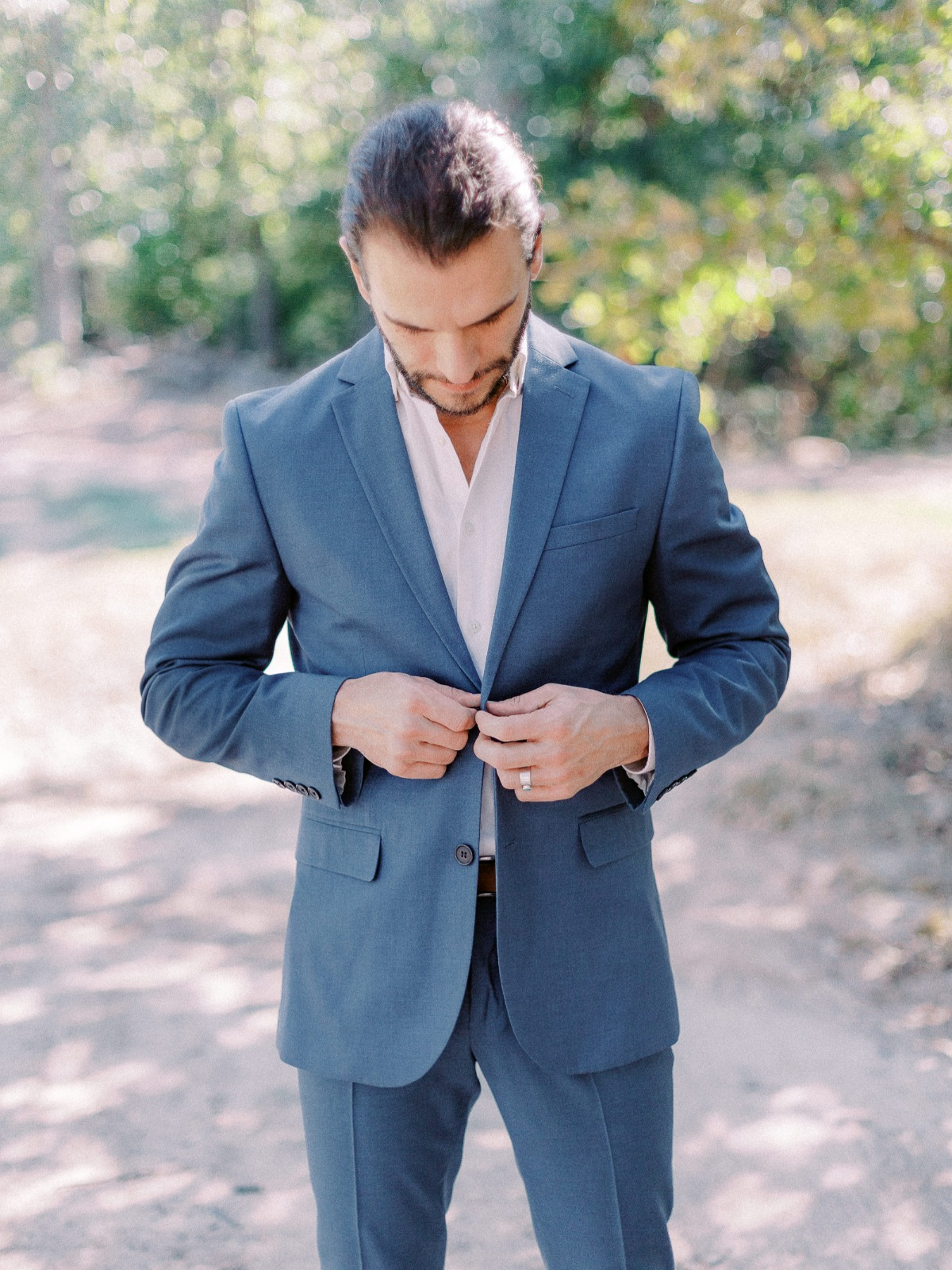 relaxed blue suit look for groom