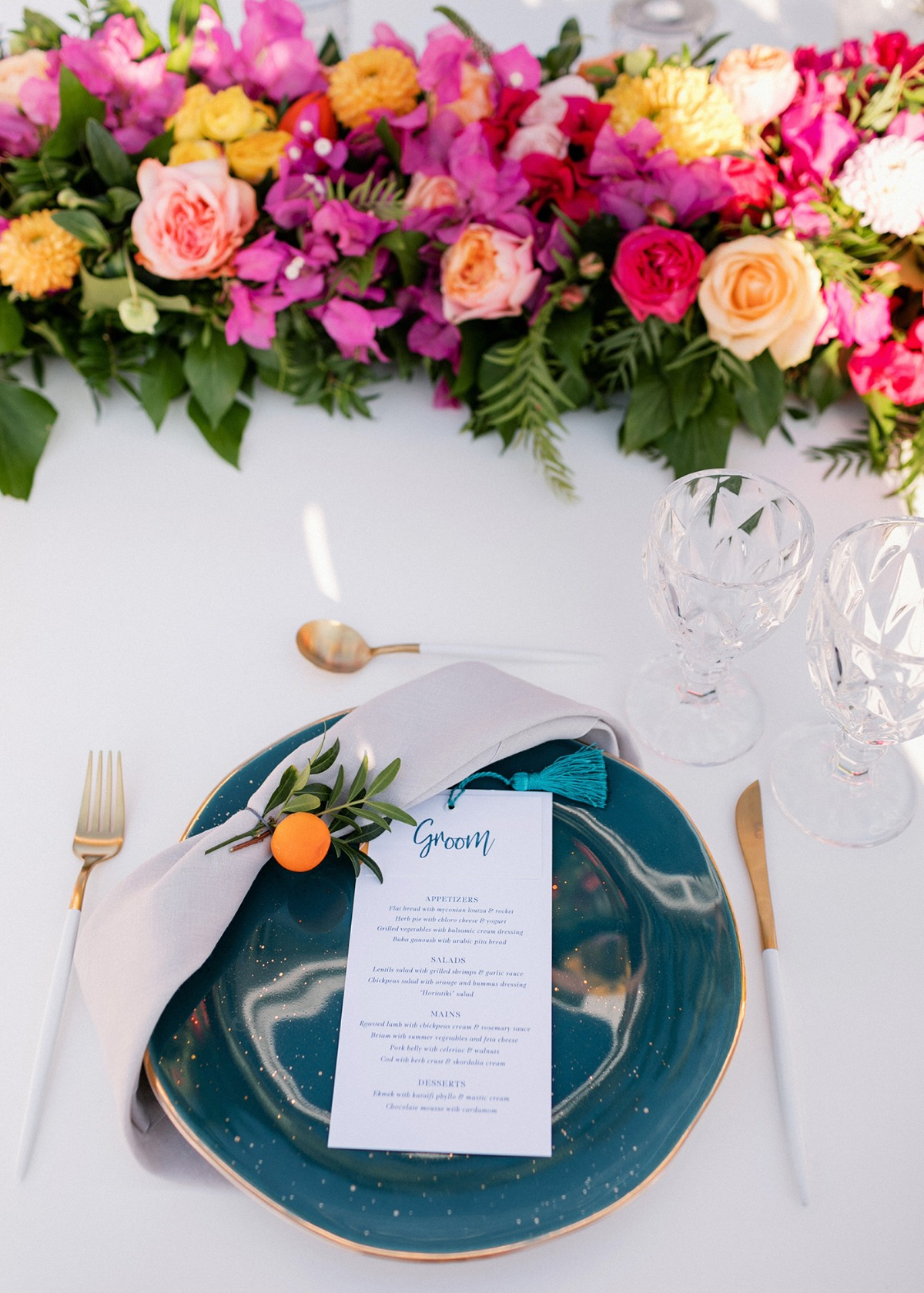 colorful wedding table setting ideas