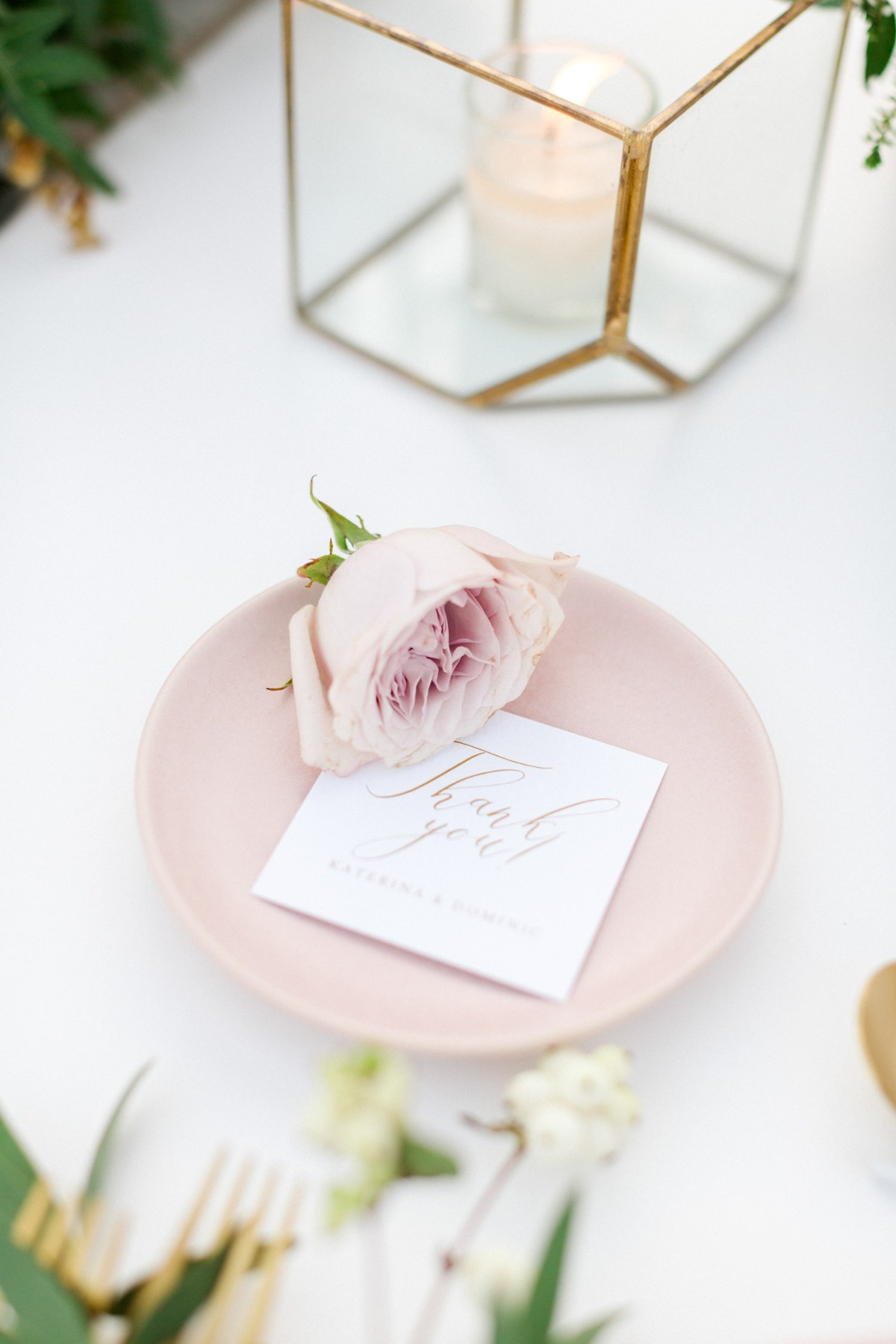 pink, white and gold wedding reception decor
