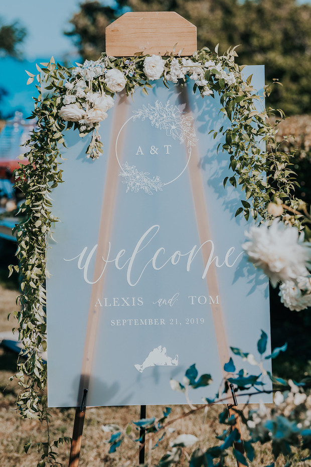 decorated welcome wedding sign