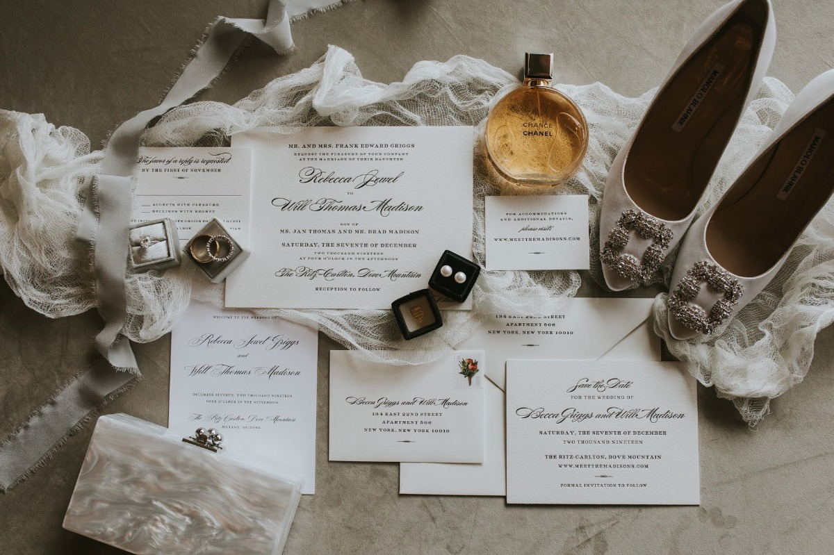elegant wedding invitaitons