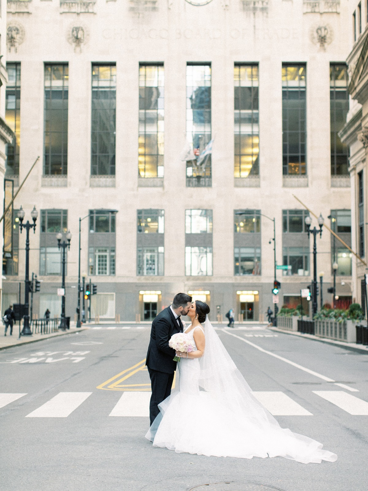 Chicago wedding city portrait ideas