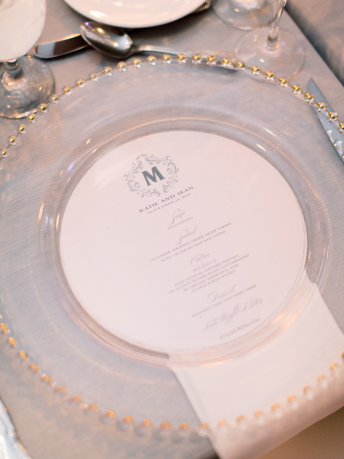 circle cut wedding menus