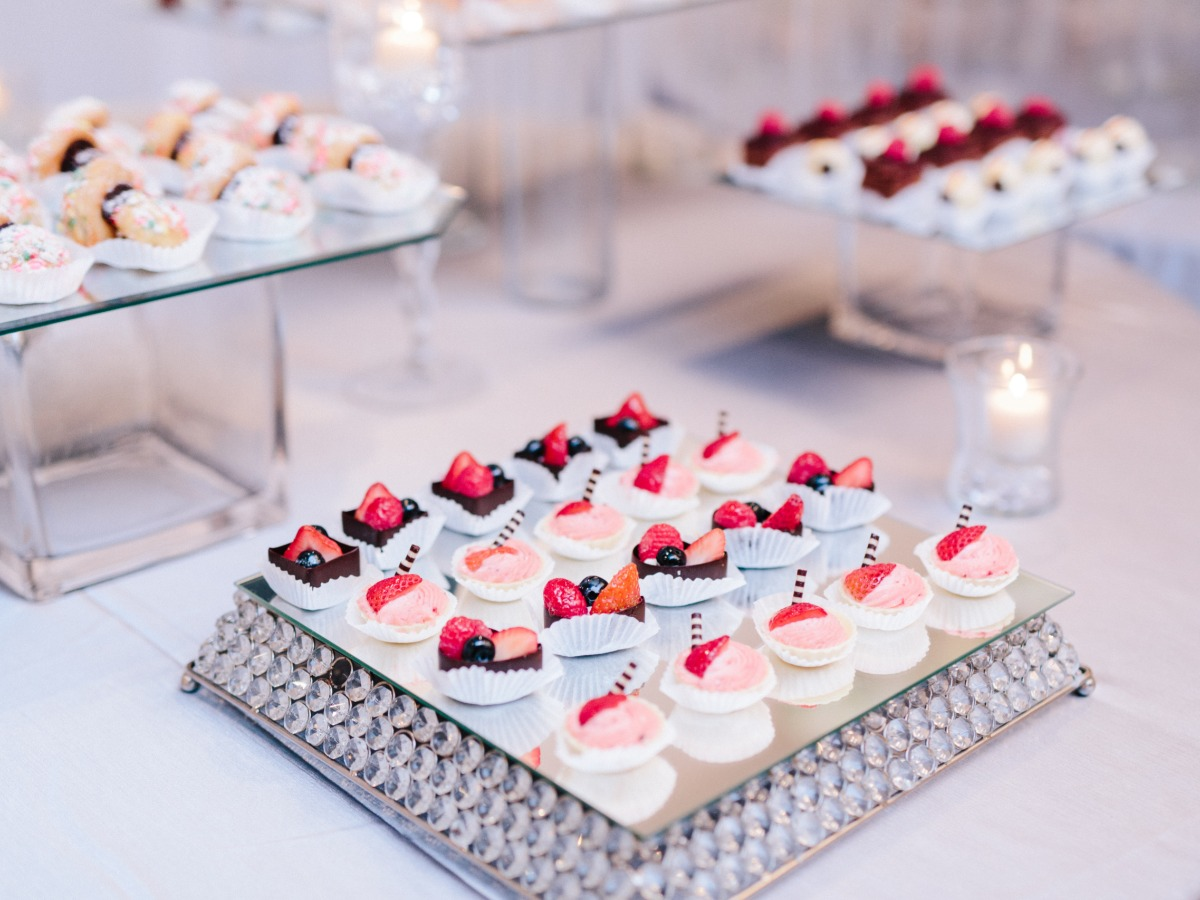 mini deserts for elaborate desert table