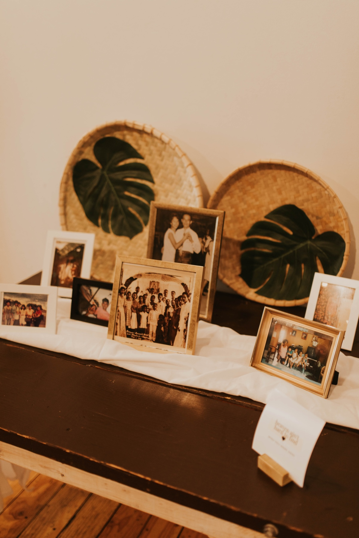 family memory table set up
