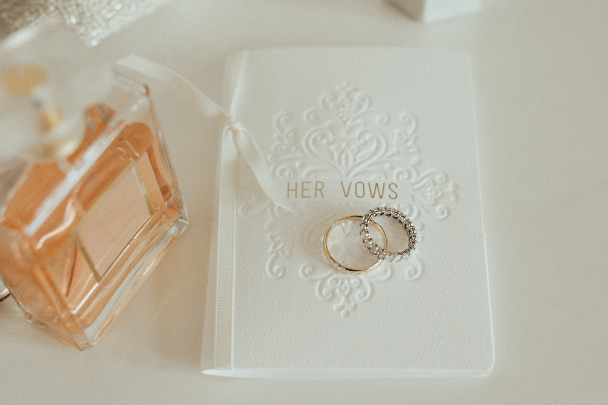 Classic Vow Book