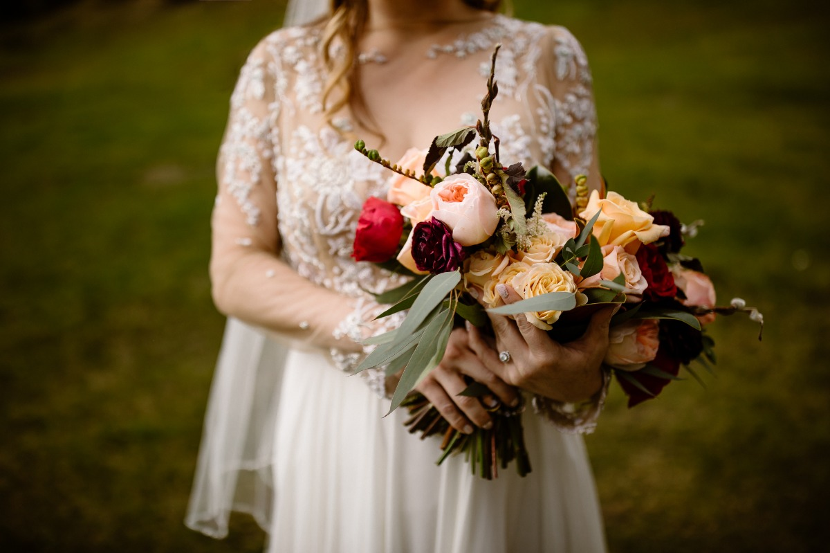 rose wedding bouquet by Wild Magnolia Floral
