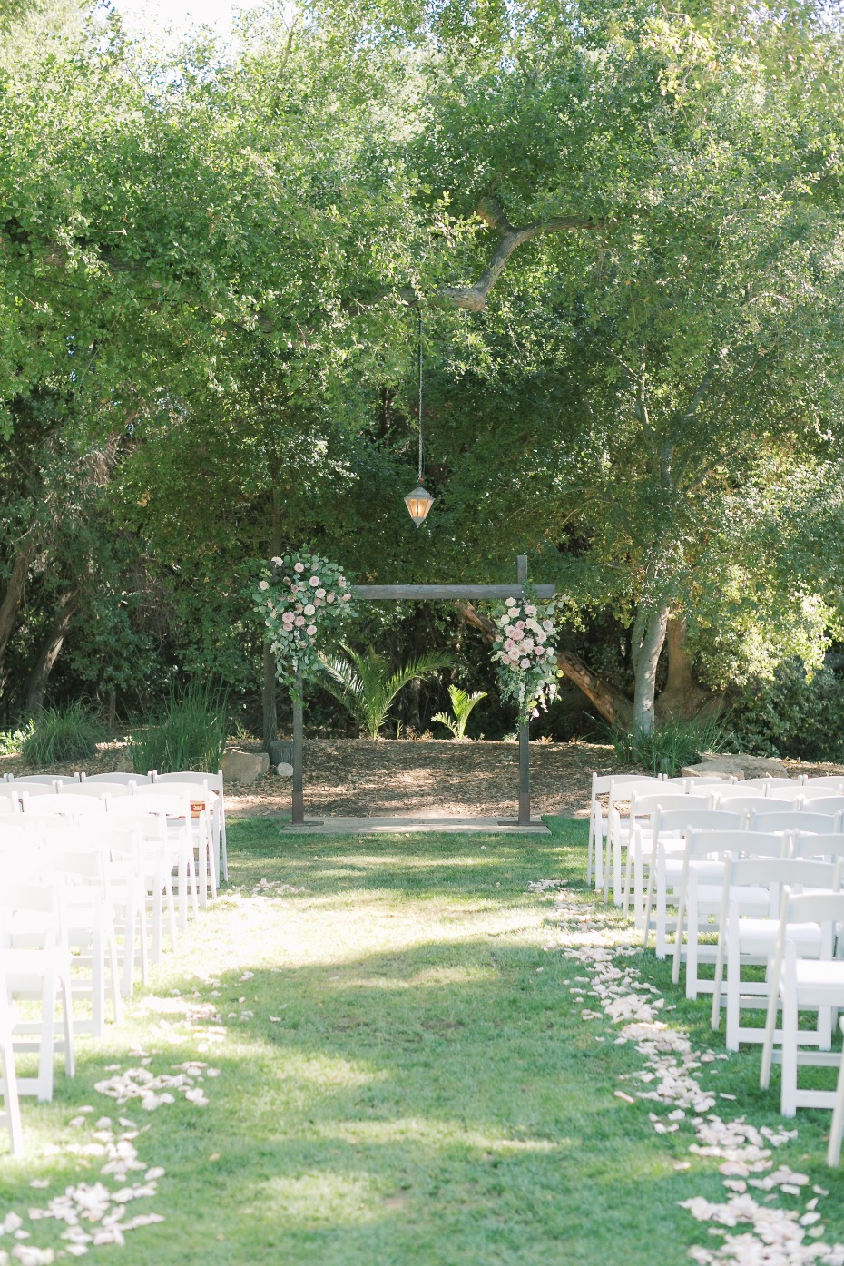 outdoor wedding ceremony decor ideas