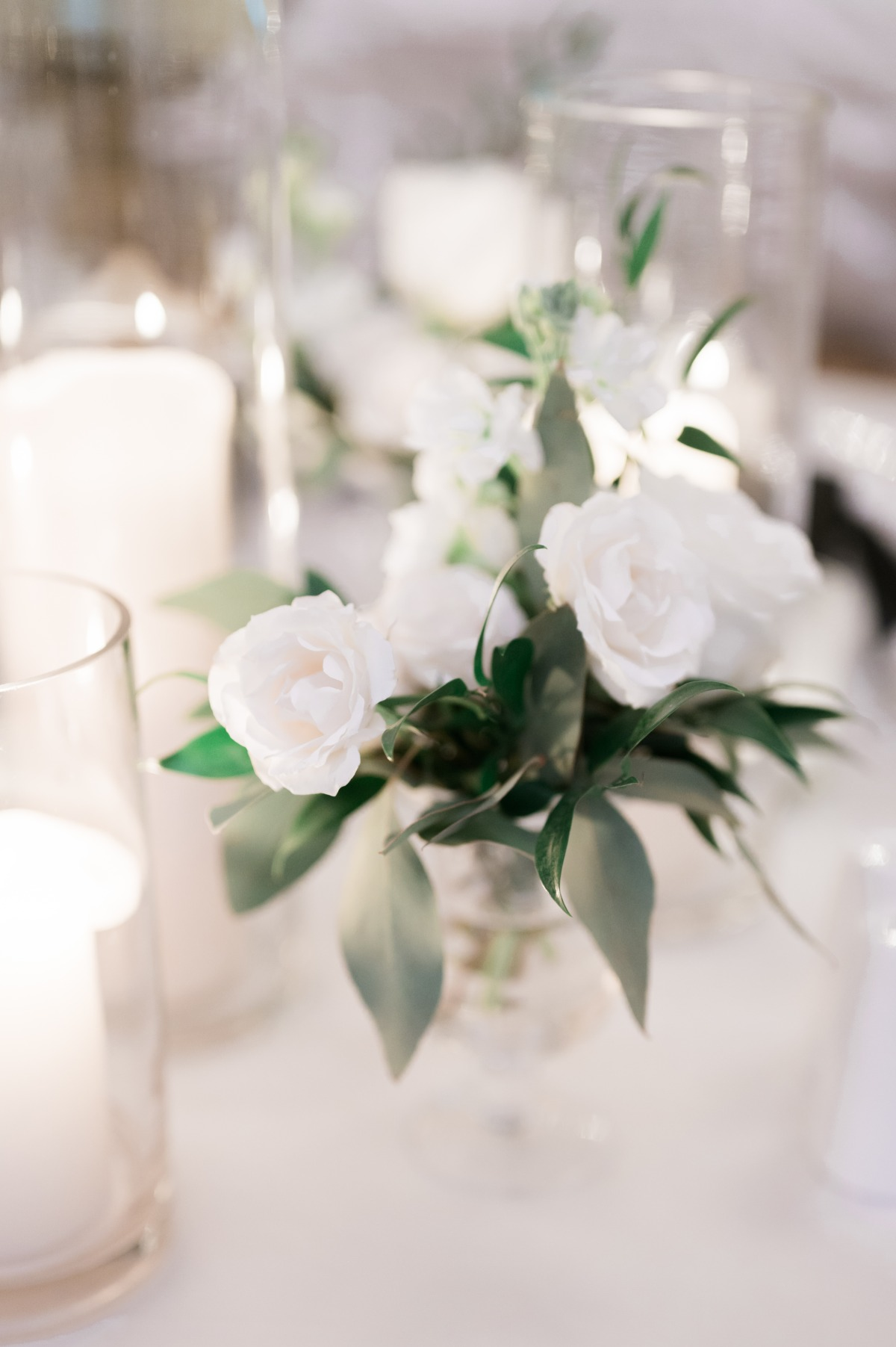 white wedding centerpiece ideas