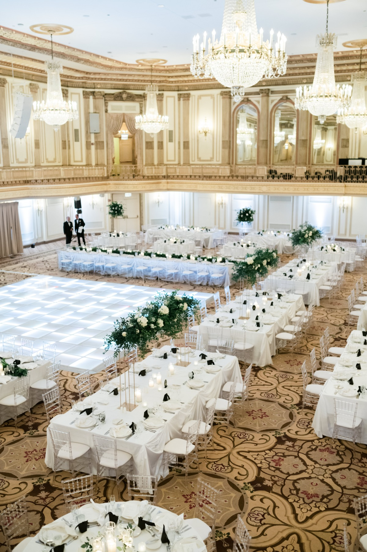 large wedding table set up ideas
