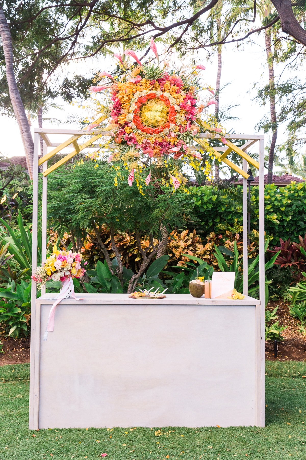Hawaiian Island Events eco friendly custom bar