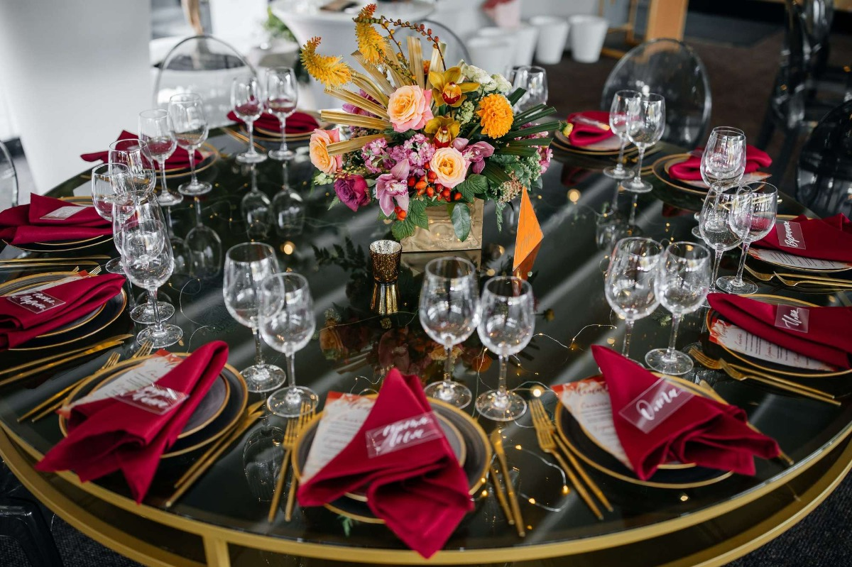 Modern wedding table decor ides