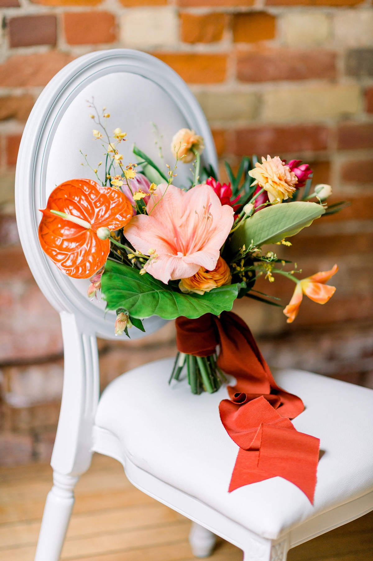 tropical wedding bouquet ideas
