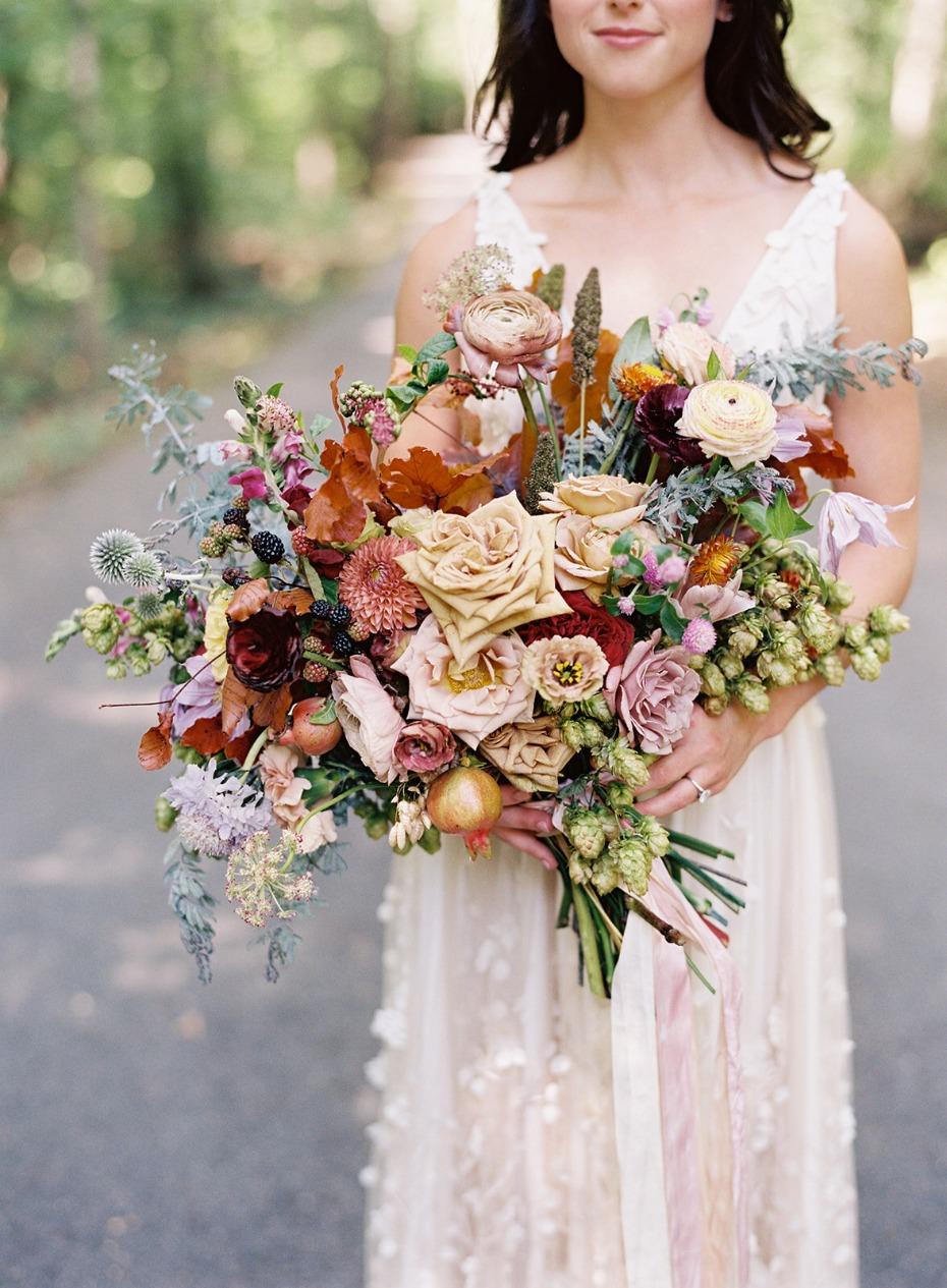 Lush untamed bridal bouquet with garden roses