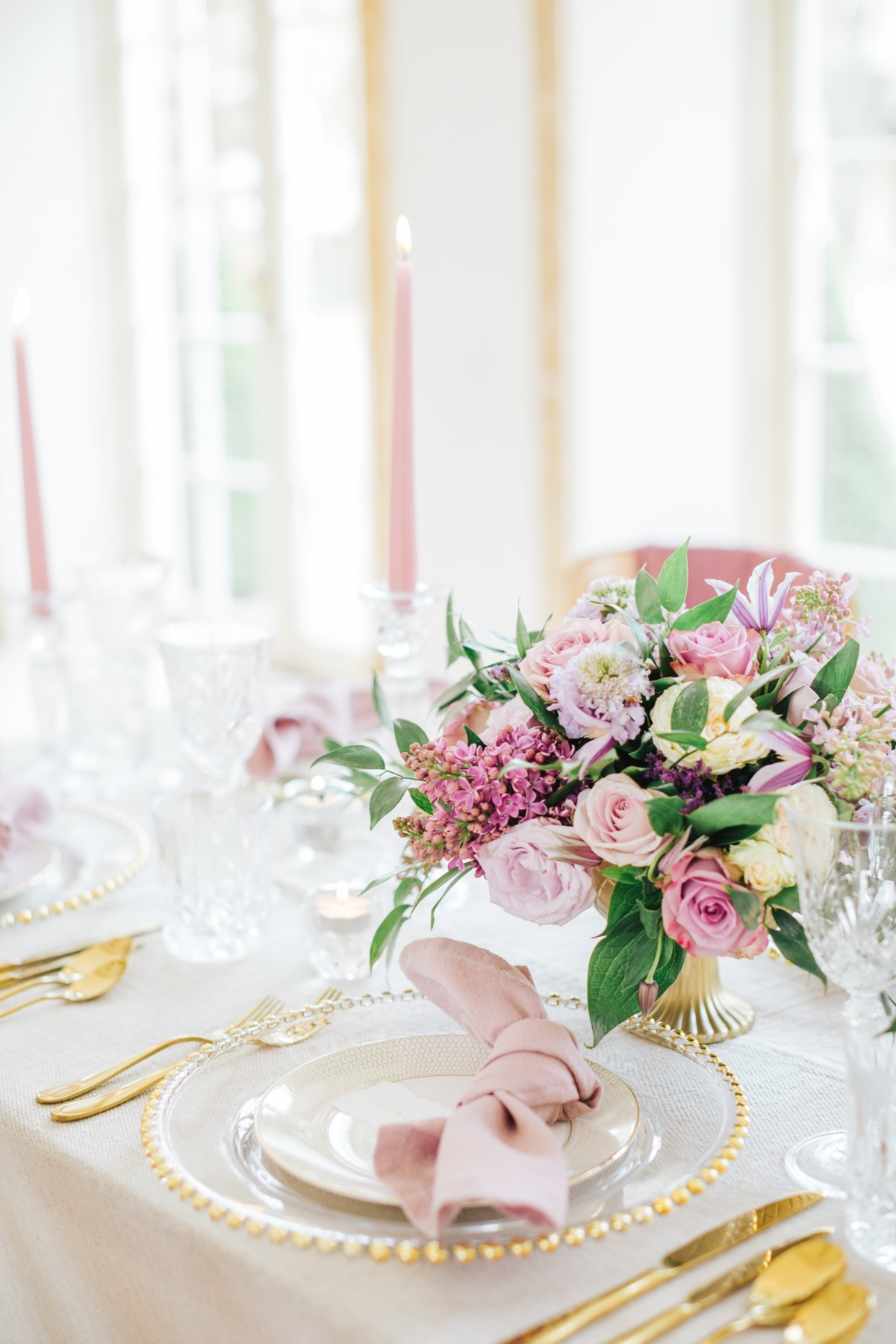 blush and gold wedding table decor ideas