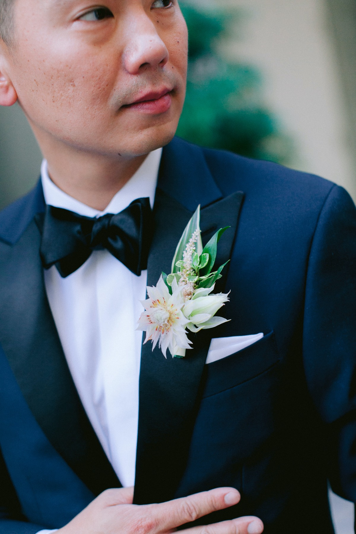 tropical boutonnière for groom