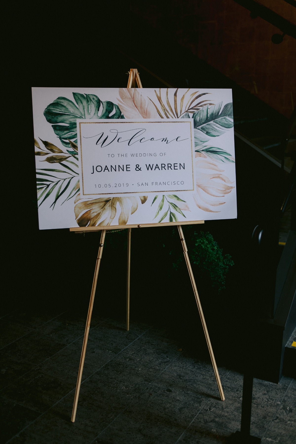 tropical welcome wedding sign