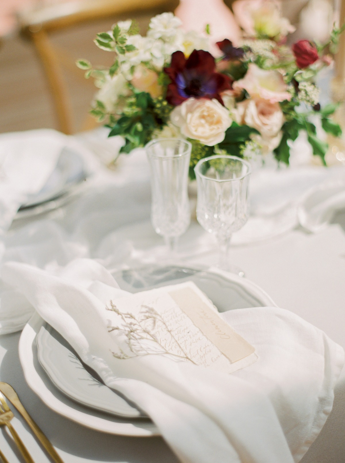 Table decor ideas and design from Ivy & Bleu Events