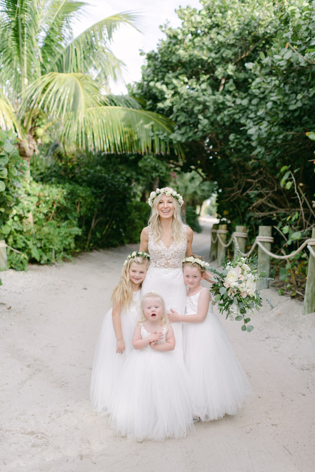 flower girl and bride photo