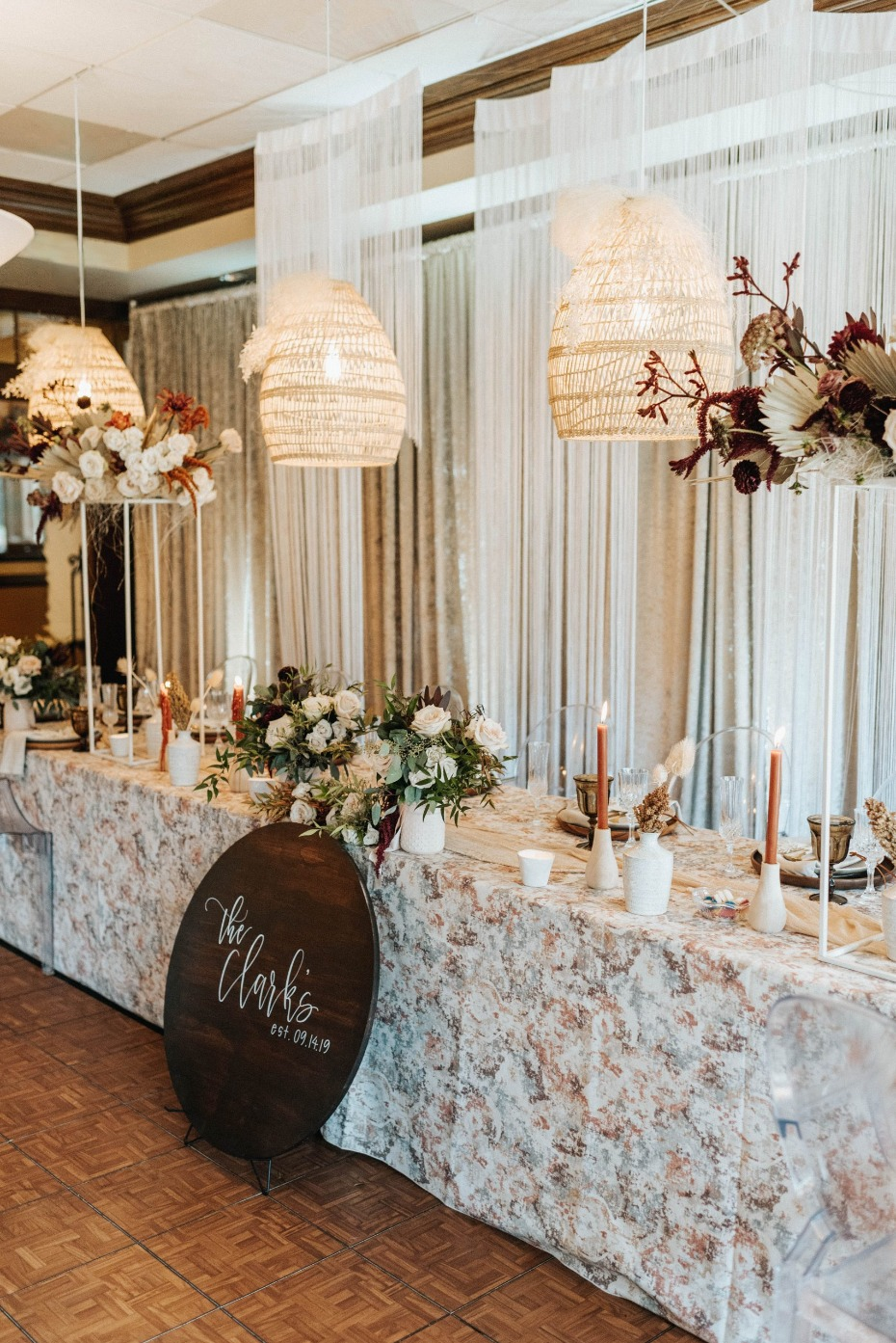Boho chic wedding reception decor ideas