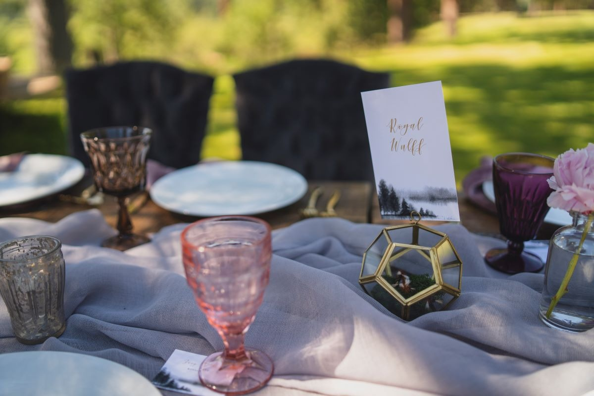pink, lavender and gold wedding reception