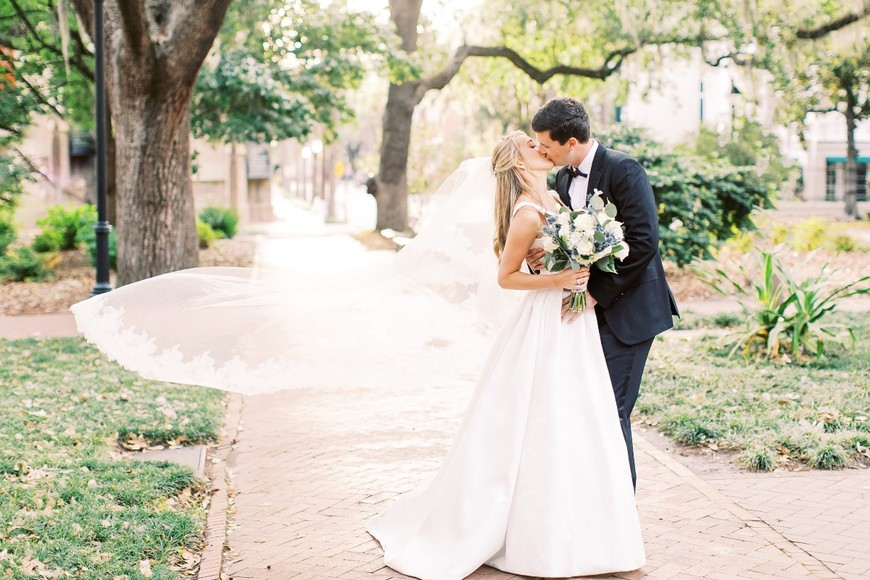 A Savannah Black Tie Wedding All Made Possible by Covid-19