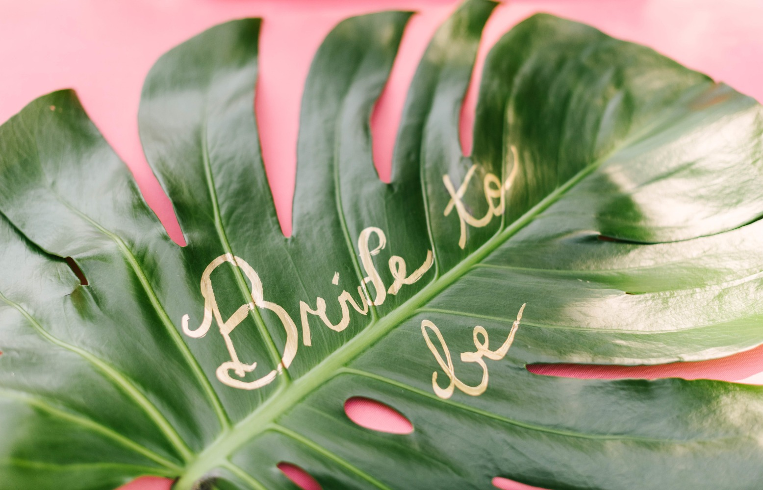 relaxing-tropical-bridal-shower