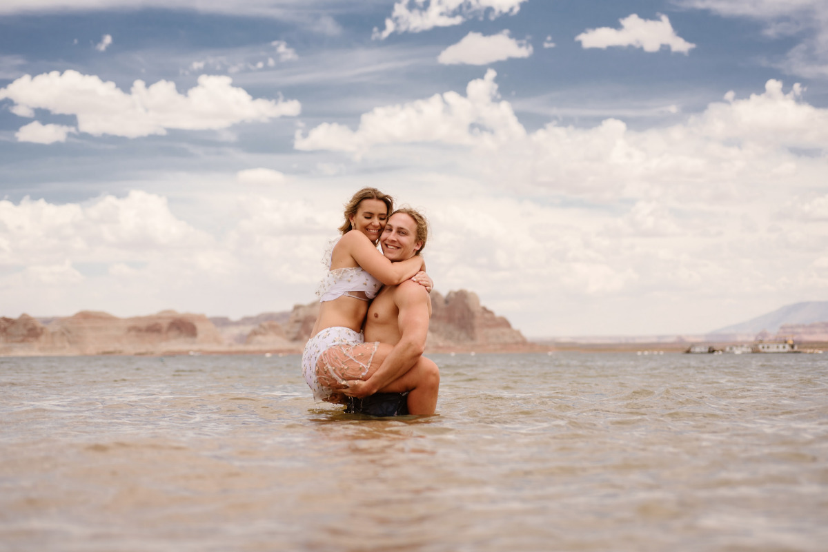Lake Powell adventure elopement