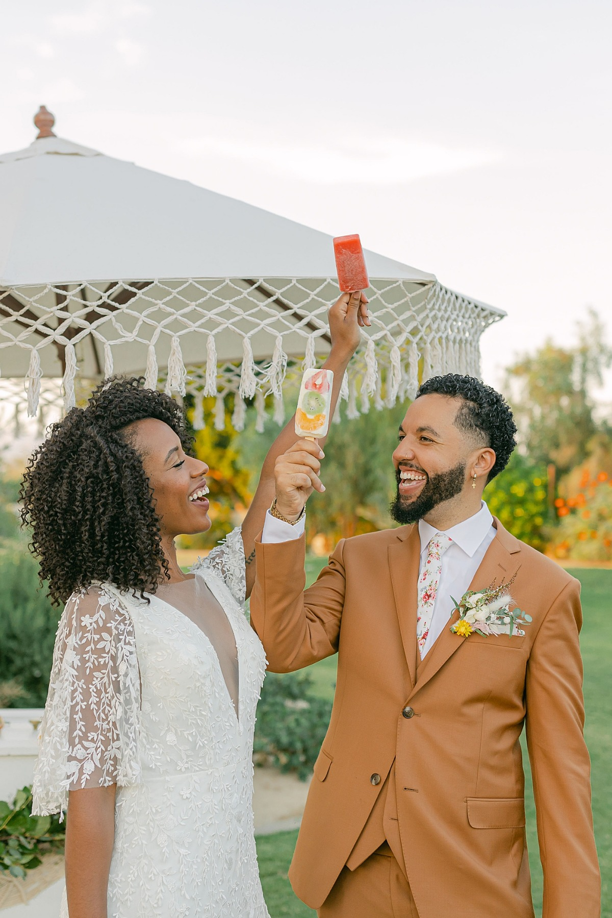 Custom Popsicles at Wedding