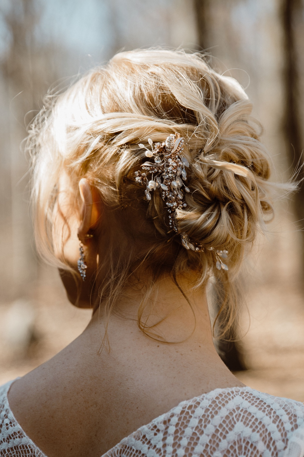 gorgeous back details and messy updo