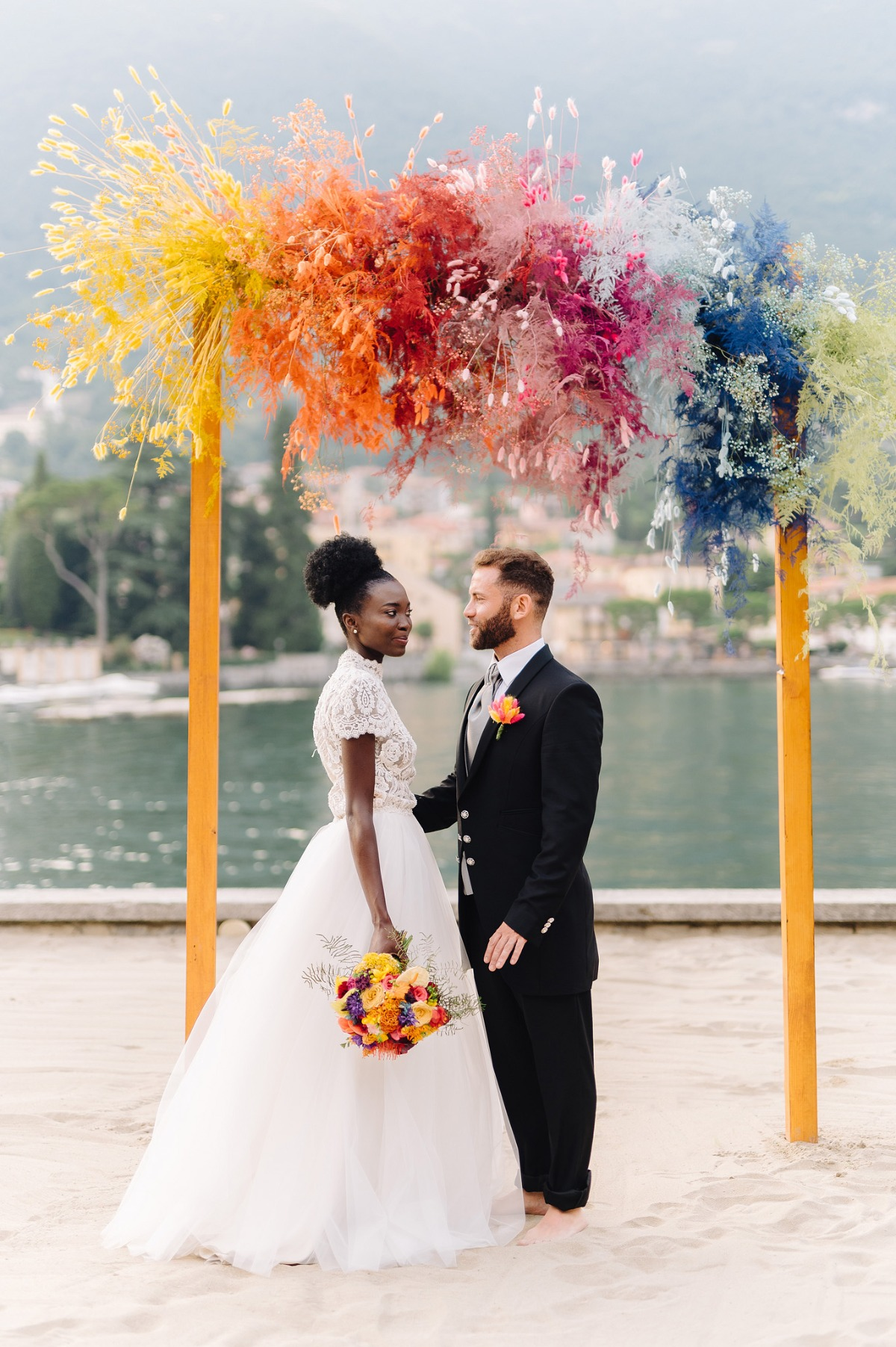 vibrant and colorful wedding ideas