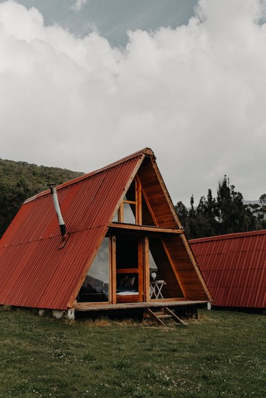 A Sustainable Glamping Elopement Inspiration in the Hills of Colombia