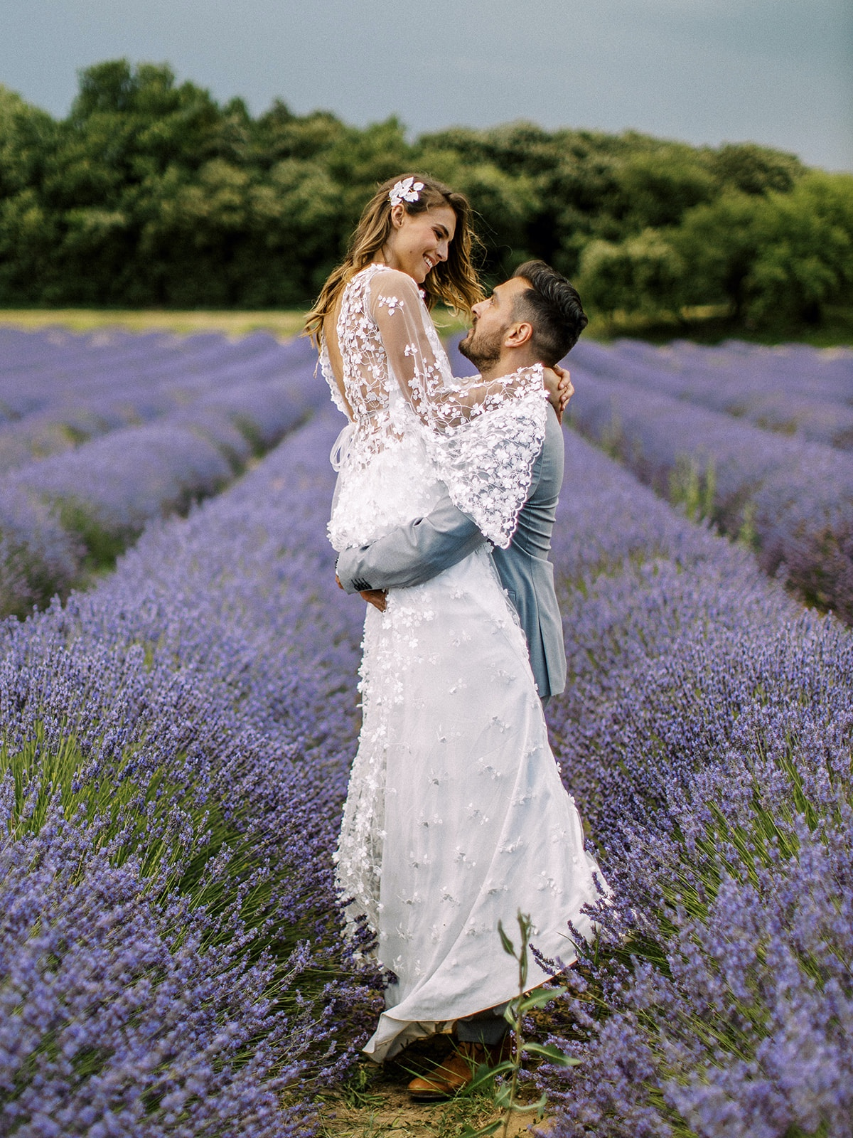 A Magical and Romantic Elopement in the Lavender Fields of Drôme Provençale