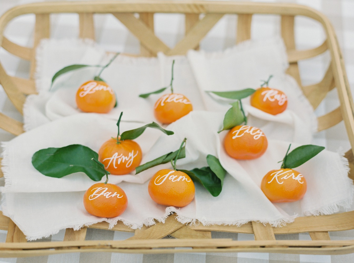 Clementine oranges used as escort cards