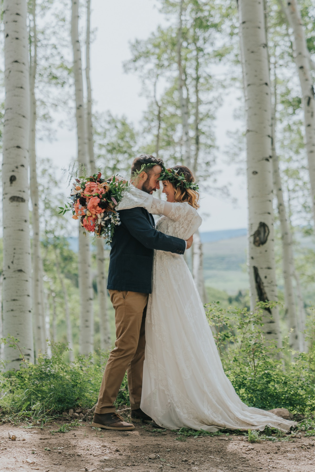 woodsy wedding photography ideas