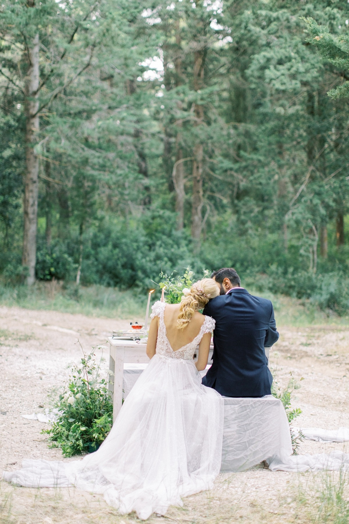 La Vie en Rose: An Old World Love Story Intimate Wedding Inspiration