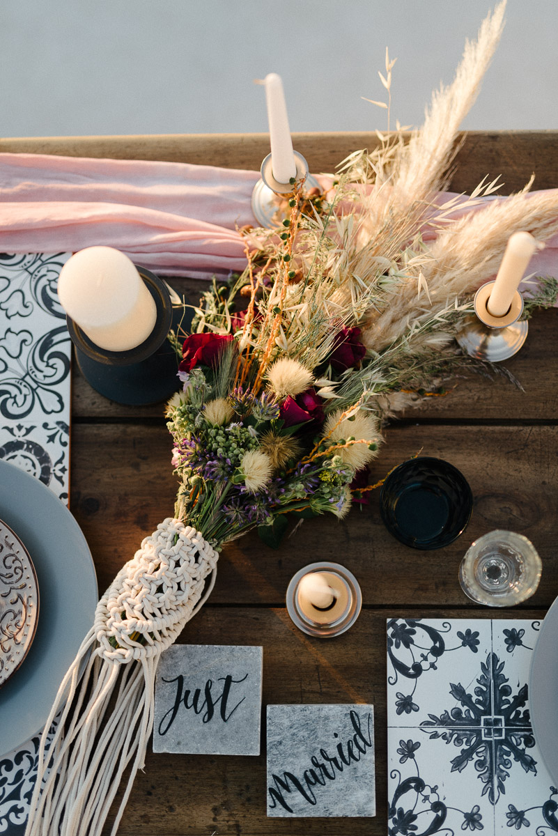 dramatic tablescapes