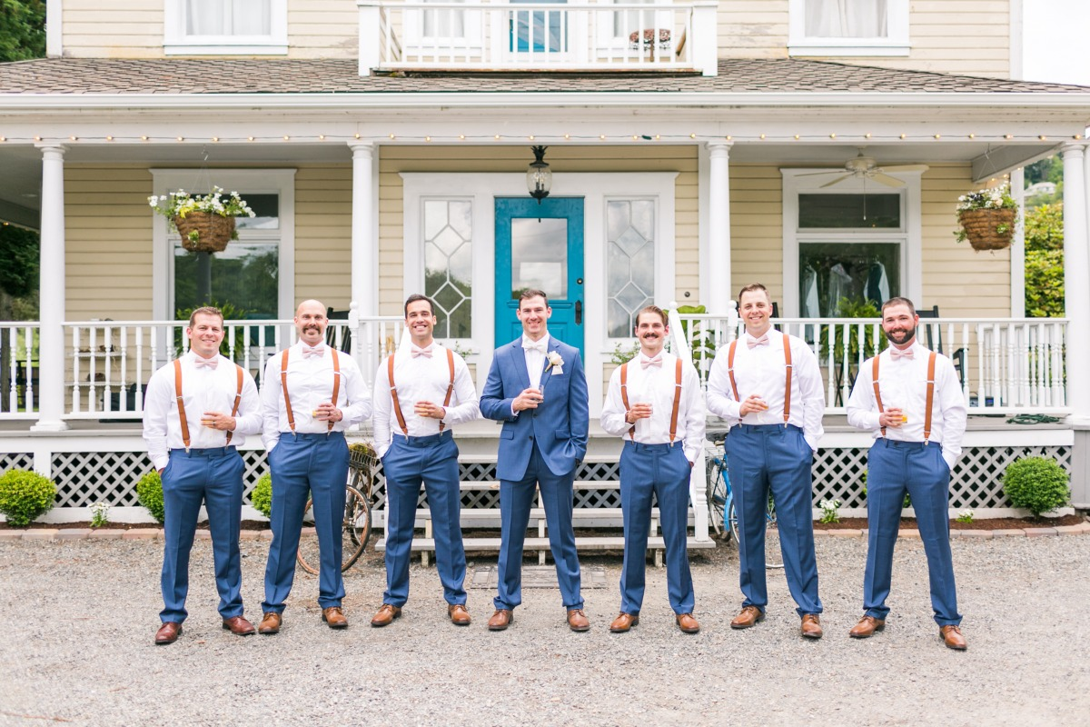 Intimate Washington Cheerful Farmhouse Micro-Wedding