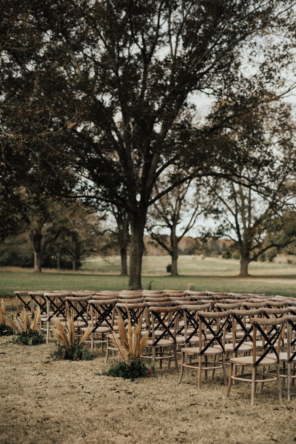 fall ceremony wedding decor