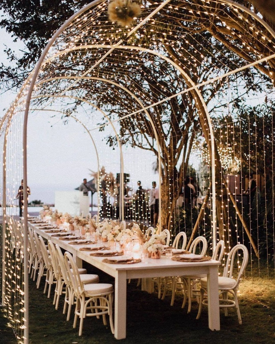 Wedding Seating With One Long Reception Table Will Be Trending Post-COVID