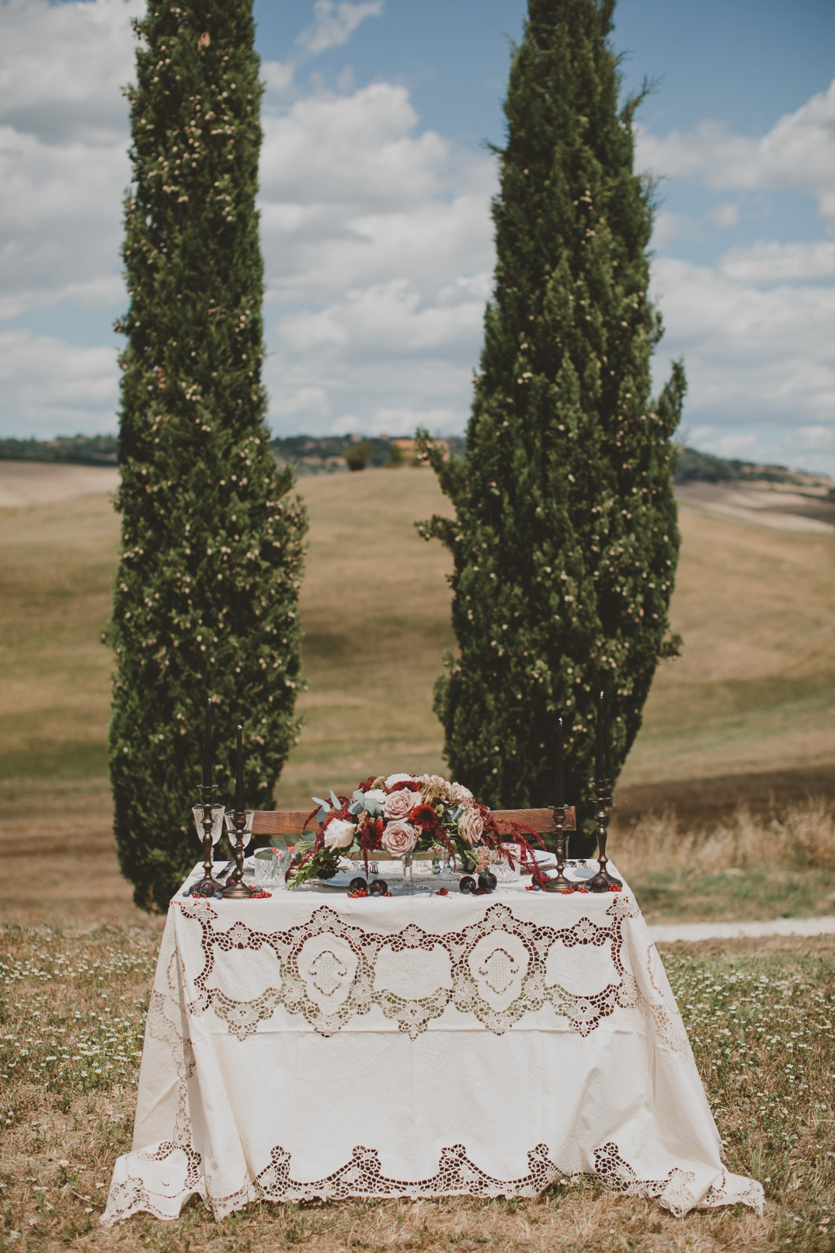 vintage sweetheart table designed by Rinaldi Eventi wedding planner