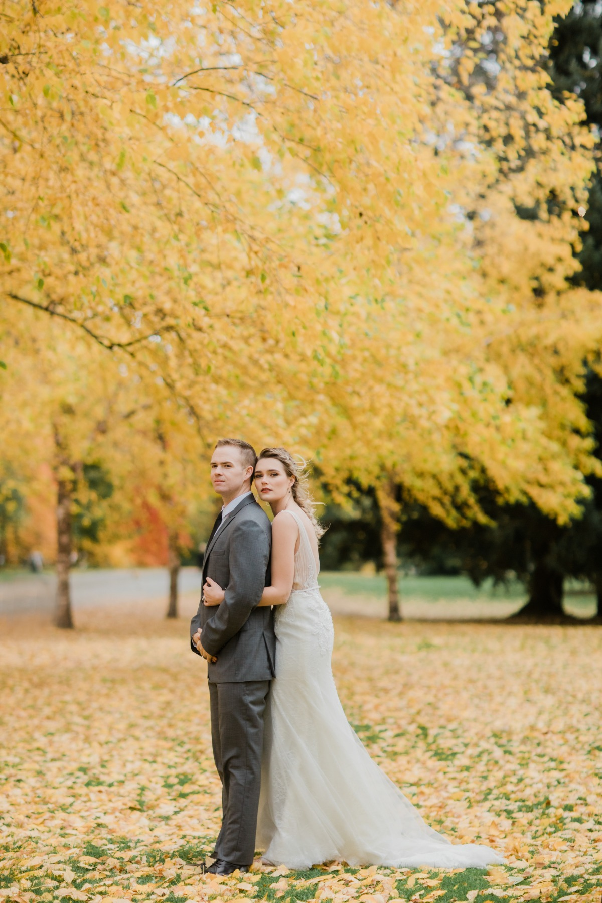 Warm and Intimate Elopement with Fall Foliage in Seattle
