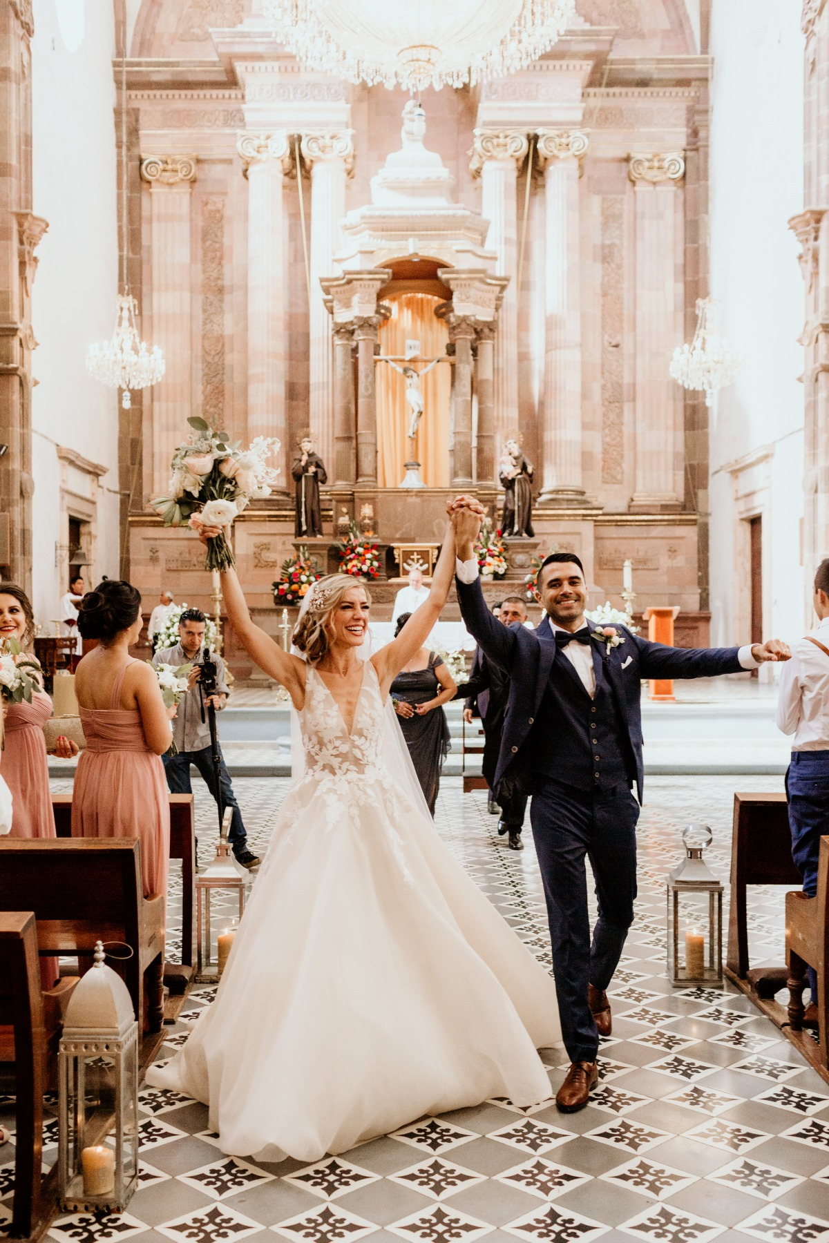 18th century church wedding in San Miguel de Allende