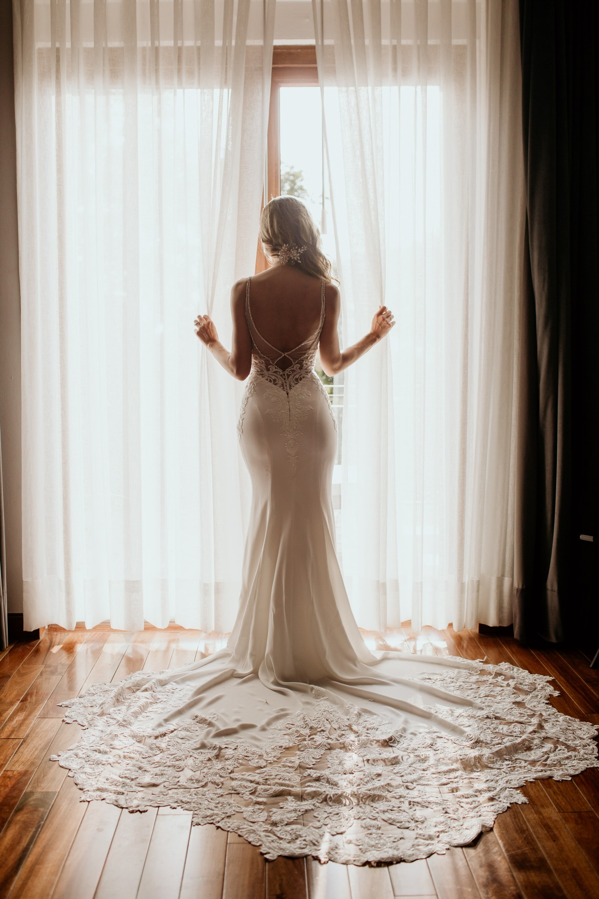 Enozani wedding gown