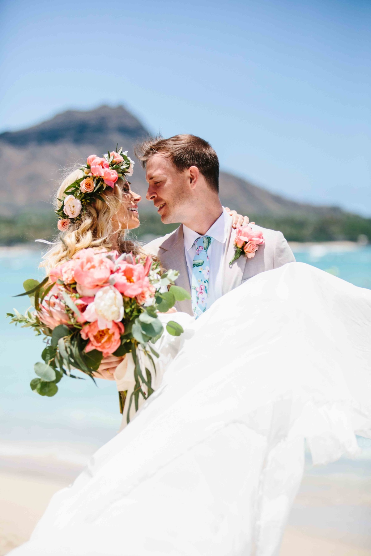 It's My Wedding Day Beaches! A Tropical Boho Wedding at the Iconic Pink Hotel of Waikiki.
